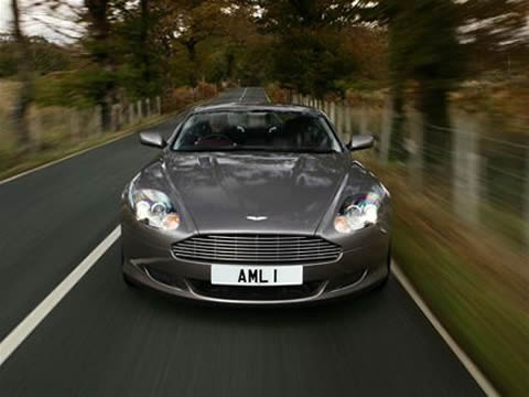 Aston Martin DB9 picture photo wallpaper hd 2