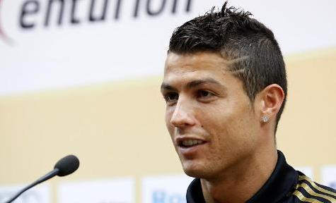 Cristiano Ronaldo latest and new haircut, hairstyle in Real Madrid 2011-2012