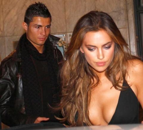 """...Реала """" Криштиану Роналду опередила в рейтинге многих жен и подруг."""