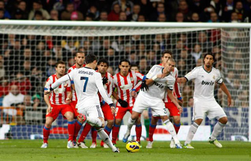 Cristiano Ronaldo Free Kick Stance Back View Real Madrid vs Atletic...