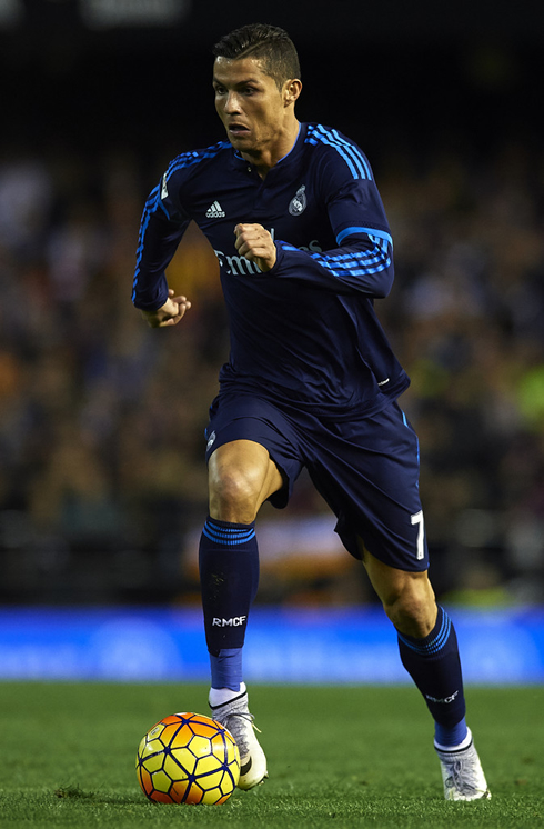 size 40 ac551 a683d Valencia vs Real Madrid (03-01-2016) - Cristiano Ronaldo photos