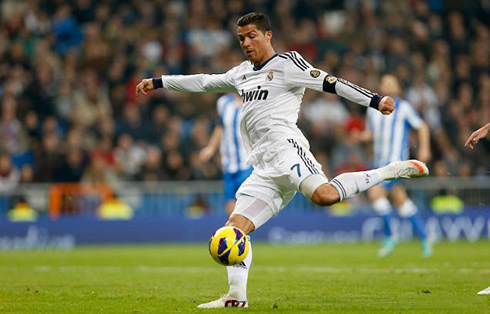5b51b1deb4c Ronaldo Boots 2013 on Cristiano Ronaldo Wearing The New Nike Cr Mercurial  Ix Boots And