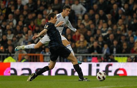 Real Madrid x Real Sociedad (06-02-2011) - Game photos and