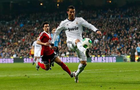 Cristiano Ronaldo perfect ball control in Real Madrid vs Celta de Vigo, for the Spanish King Cup, in 2013