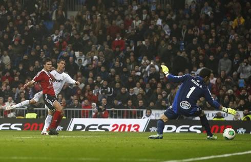 Cristiano Ronaldo hat-trick in Real Madrid 4-0 Celta de Vigo, for the Copa del Rey 2012-2013