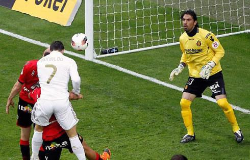 Cristiano Ronaldo header and goal in Real Madrid 4-1 Mallorca, in La Liga 2012
