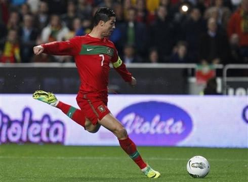 Portugal Vs Bosnia 15 11 2011 Cristiano Ronaldo Photos