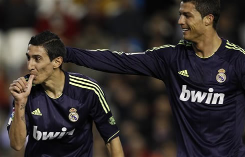 Cristiano Ronaldo greeting and congratulating Angel di María for his goal in Real Madrid 2013