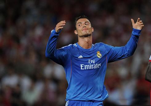 huge discount ac8c4 c26bf Granada vs Real Madrid (26-08-2013) - Cristiano Ronaldo photos