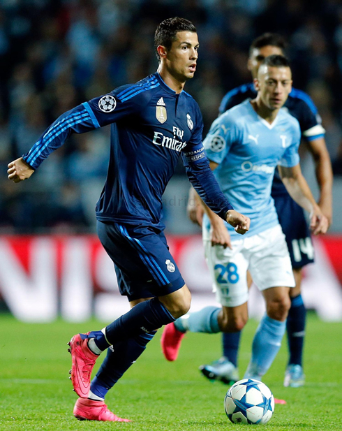 differently f8a29 d8d0c Malmo vs Real Madrid (30-09-2015) - Cristiano Ronaldo photos