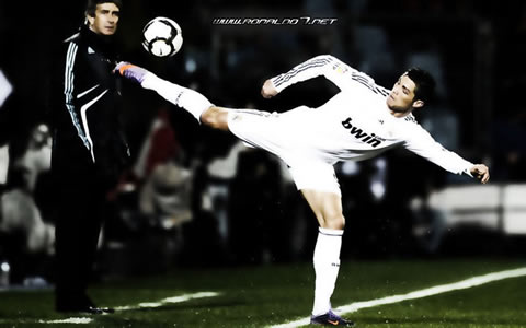 Cristiano Ronaldo wallpaper (1024x640): The most flexible athlete in the World. Cristiano Ronaldo reaches the ball with Pellegrini in the background