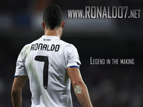 Cristiano Ronaldo wallpaper (1024x768) - CR7: Legend in the making