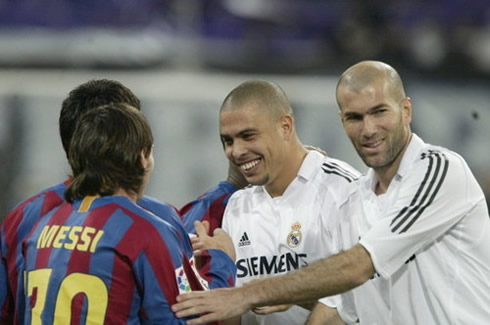 cristiano-ronaldo-429-zinedine-zidane-ronaldo-and-lionel-messi-before-real-madrid-vs-barcelona.jpg