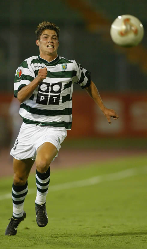 Cristiano Ronaldo playing for Sporting CP in 2002-2003 and chasing the ball