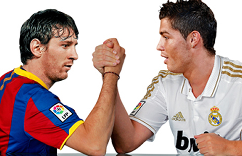 Cristiano Ronaldo fighting with Lionel Messi, in a Real Madrid vs Barcelona wallpaper, in 2012