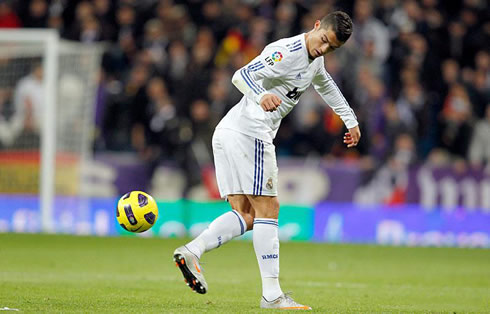 Cristiano Ronaldo new backheel trick, in Real Madrid 2012