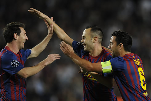 Xavi Messi Is Unique We Cant Compare Him With