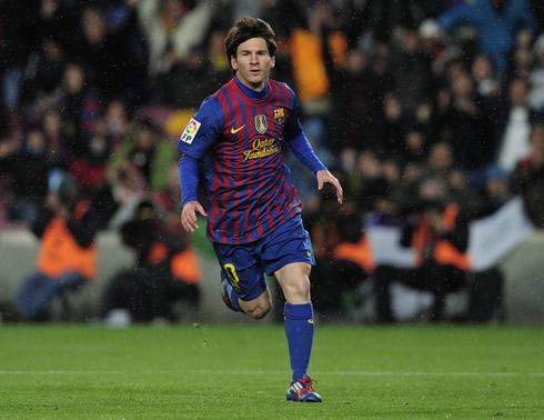 Cristiano Ronaldo Vs Lionel Messi Vs Van Persie  Goals  2011 2012