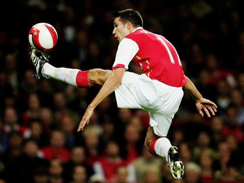 Ray Parlour ranks Robin van Persie as good as Messi and ...