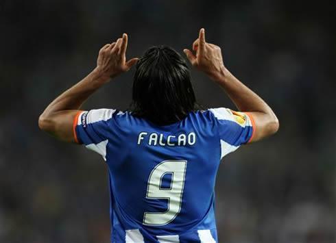 cristiano-ronaldo-508-radamel-falcao-fc-