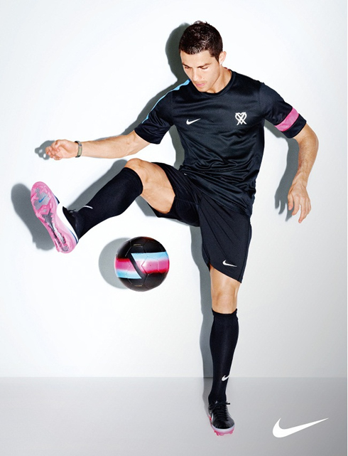 Cristiano Ronaldo doing tricks and juggling with the ball, in a Nike ad photoshoot, in 2012-2013