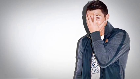 Cristiano Ronaldo embarassed and ashamed, hiding his own face for a Nike advert in 2012-2013