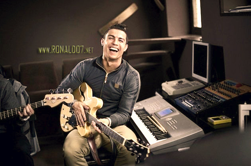 Cristiano Ronaldo playing the guitar and singing in the new Nike ad campaign in 2012-2013