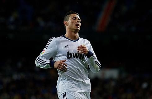 Cristiano Ronaldo New Hairstyle vs Galatasaray Cristiano Ronaldo New Haircut