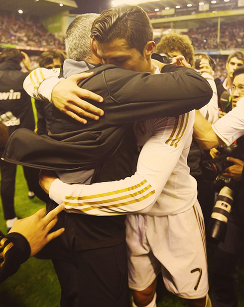 José Mourinho emotional hug to Cristiano Ronaldo, in 2012