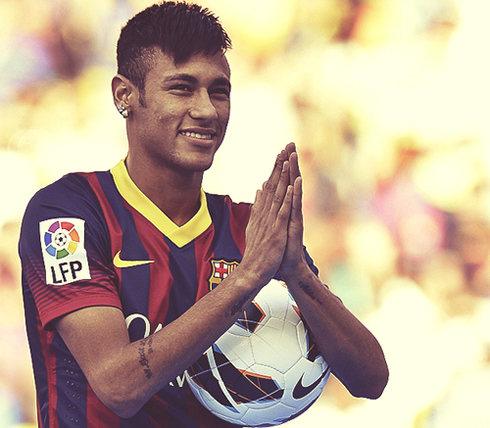 Neymar cristiano ronaldo is a great player but messi is still neymar thanking the fans on his barcelona presentation on june 3 2013 voltagebd Gallery