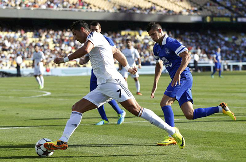 Cristiano Ronaldo in action in Everton 1-2 Real Madrid