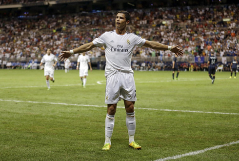 Cristiano Ronaldo, bull fighter goal celebration, Real Madrid 2013-2014