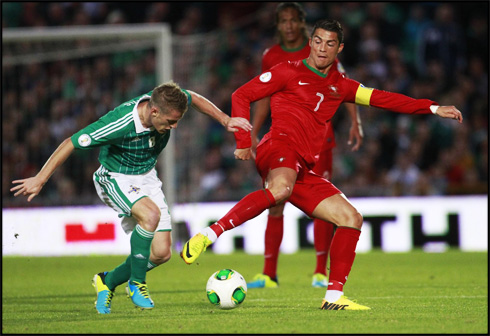 Cristiano Ronaldo nutmeg dribble with his backheel, in Northern Ireland vs Portugal