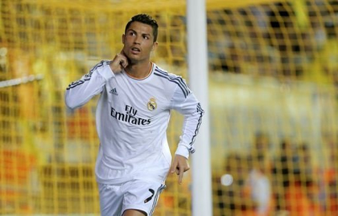 Cristiano Ronaldo reaction after scoring against Villarreal, by playing deft