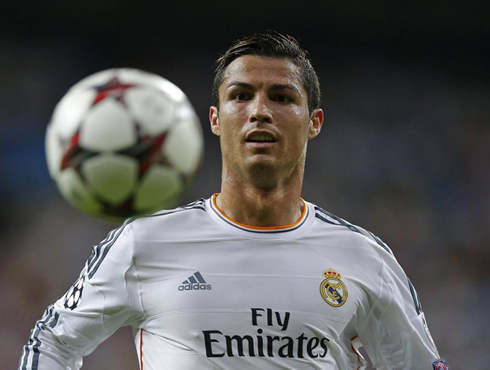Real Madrid 4-0 Copenhagen. Ronaldo and Di María shine at home