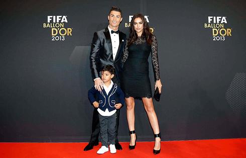 Cristiano Ronaldo wins the FIFA Balon d'Or 2013 and breaks ... Irina Shayk Cristiano Ronaldo 2014