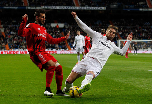 Real Madrid 2-1 Sevilla. Jesé and James open up the gap to ...