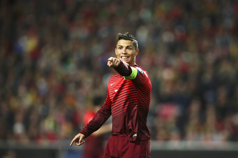 Portugal Serbia Cruising To The Top Of The Group - Cr7 hairstyle 2015 vs serbia