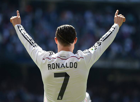 Cristiano Ronaldo reaches his 300th goal with Real Madrid