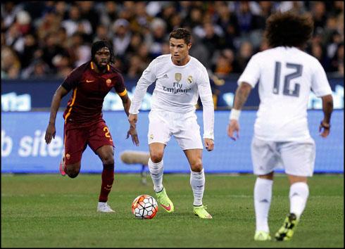 cristiano ronaldo debut game in 2015 16 in real madrid vs roma