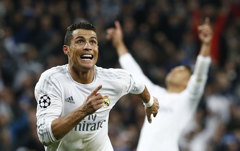 Cristiano Ronaldo running to celebrate Real Madrid goal against Wolfsburg in 2016