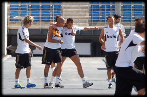 Cristiano Ronaldo And The Rest Of The Portuguese National ... Enzo Zidane And Ronaldo
