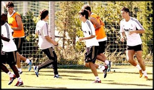 ronaldo barcelona: Enzo Zidanecristiano Ronaldo 300x350 Enzo Zidane And Ronaldo